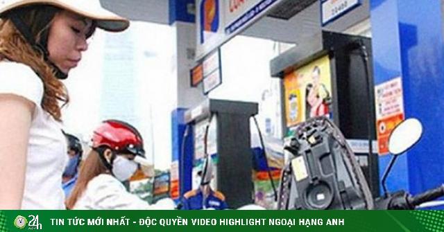 Giá dầu hôm nay 27/9: Giảm mạnh trước sức ép nguồn cung