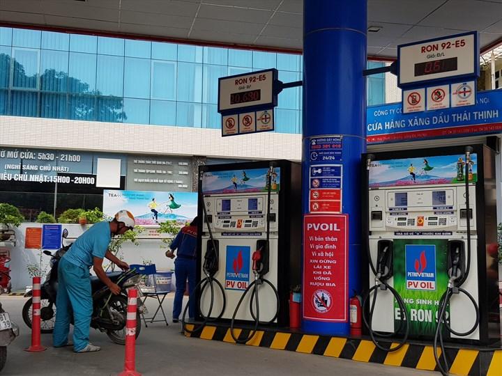 Giá xăng tiếp tục giảm kể từ 15h chiều nay 26/9 - 1