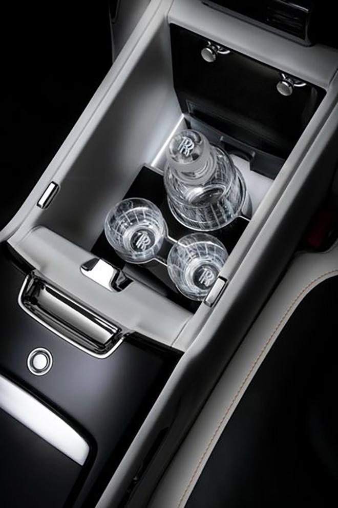 Rolls-Royce Ghost 2021 đẳng cấp hơn với phiên bản kéo dài trục cơ sở - 6