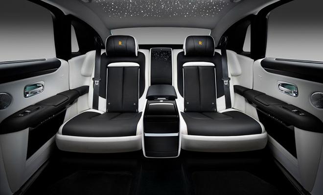 Rolls-Royce Ghost 2021 đẳng cấp hơn với phiên bản kéo dài trục cơ sở - 4