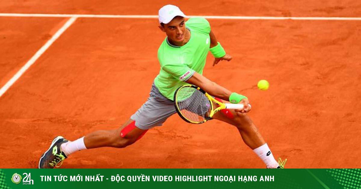 Tay vợt gốc Việt Antoine Hoàng liệu có làm nên chuyện ở Roland Garros?