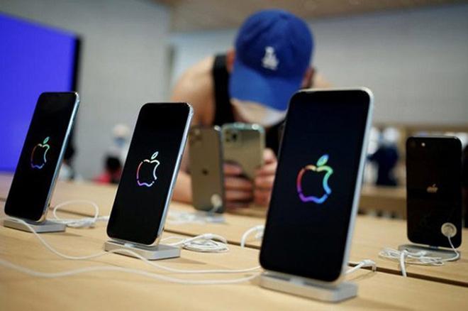 iPhone 12 mini có bộ nhớ trong 64 GB, đến cửa hàng từ 5/10 - 2