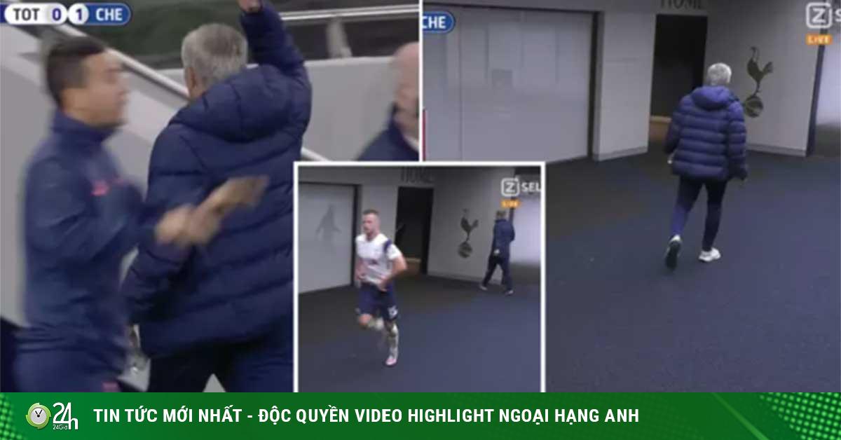 Mourinho đột ngột bỏ vào đường hầm giữa trận vì lý do bất ngờ