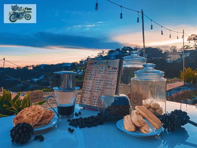 """Đà Lạt quá chill: """"Đổi cảnh"""" ở hai tiệm cà phê có view thiên nhiên đẹp đến nao lòng - 8"""