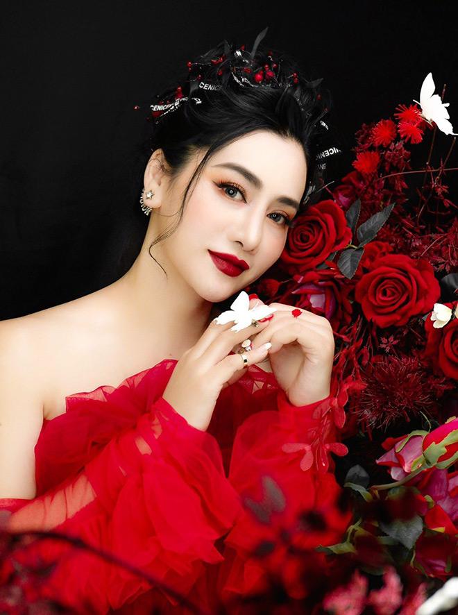Nữ doanh nhân Nguyễn Thị Bích Vân – đóa hồng bản lĩnh ngành thời trang. - 1
