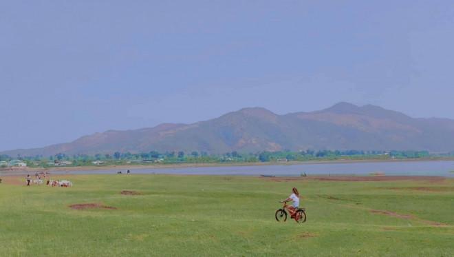 Khám phá Tây Nguyên: Biển Hồ Cạn - bức tranh vùng thảo nguyên nên thơ giữa chốn đại ngàn - 1