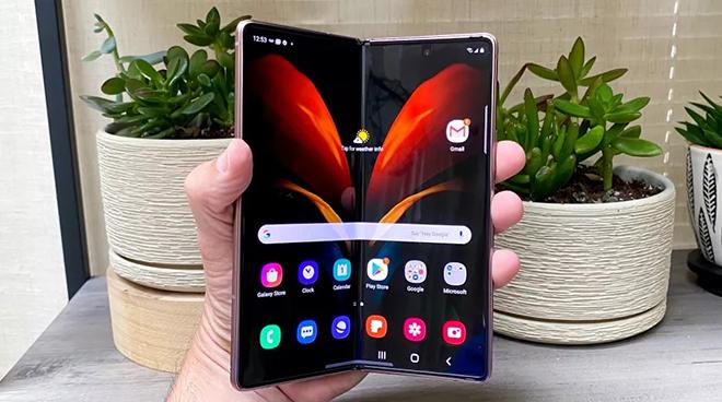 Xếp hạng những điện thoại tốt nhất nửa đầu năm 2021, iPhone 12 Pro Max vô địch - 7