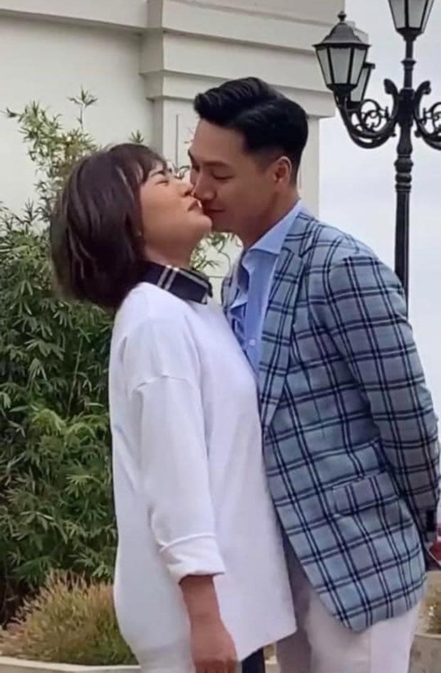 Diễn viên Phương Oanh lộ ảnh cưới, chú rể phản ứng bất ngờ - 3