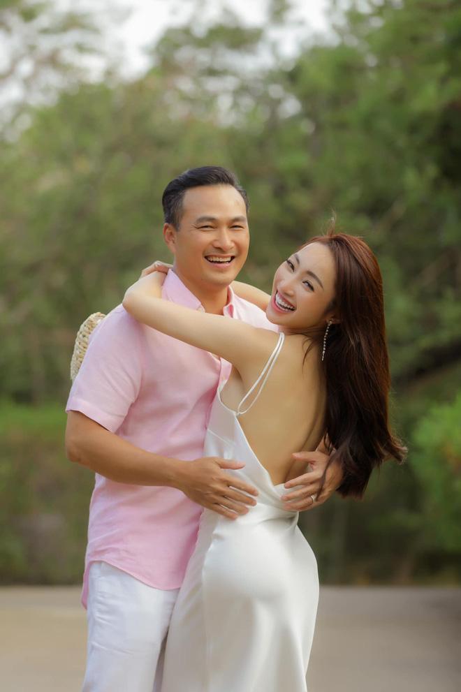 Vợ 3 kém 16 tuổi của Chi Bảo đăng ảnh bikini, thông báo mang thai sau 4 tháng kết hôn - 5