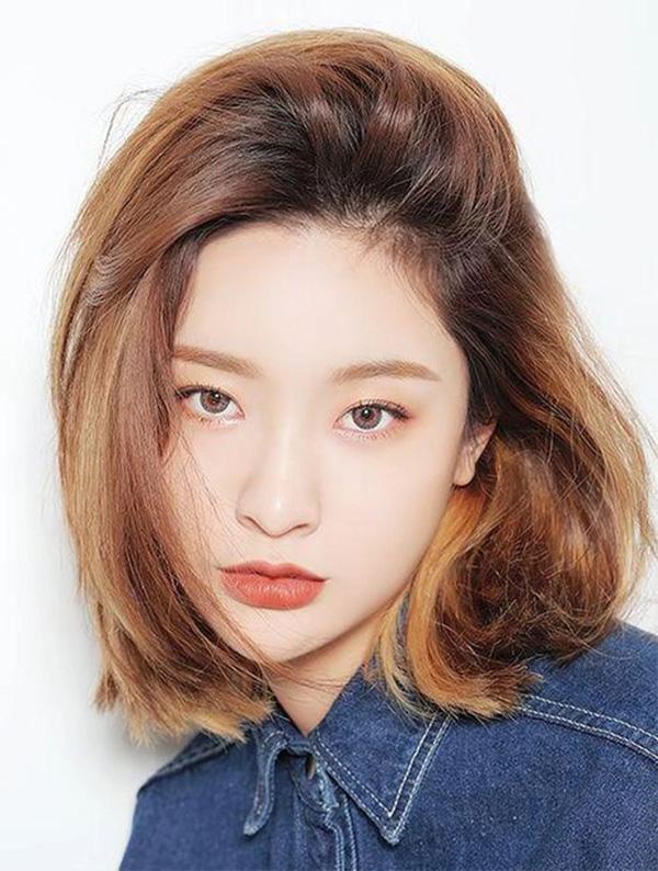 35 Kiểu tóc uốn đẹp nhất 2021 cho nữ cực trẻ trung và quyến rũ - 26