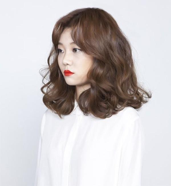 35 Kiểu tóc uốn đẹp nhất 2021 cho nữ cực trẻ trung và quyến rũ - 3