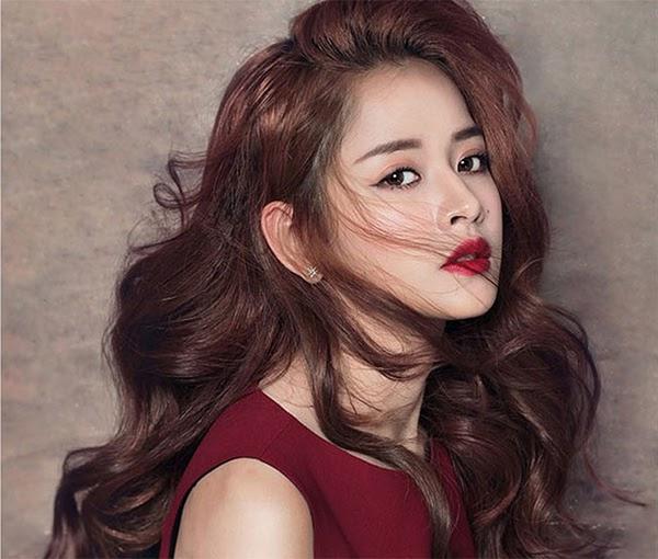 35 Kiểu tóc uốn đẹp nhất 2021 cho nữ cực trẻ trung và quyến rũ - 8
