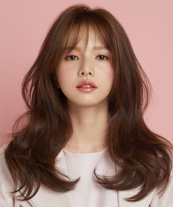 35 Kiểu tóc uốn đẹp nhất 2021 cho nữ cực trẻ trung và quyến rũ - 9