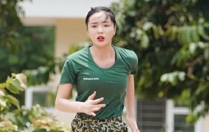 Mỹ nhân Việt rút khỏi giới giải trí, chọn cuộc sống bình yên bên gia đình - 16