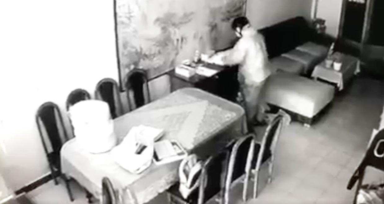 Trộm đột nhập nhà nghệ sĩ Ngọc Huyền, làm hành động lạ trước khi lấy đồ gây bất ngờ - 1