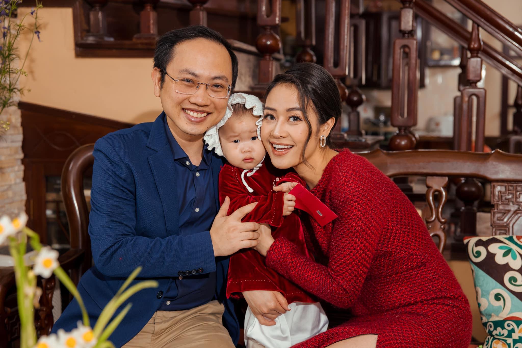MC Phí Linh tiết lộ cuộc sống hôn nhân với phó phòng VTV, lý do không nên giữ tiền của chồng - 4