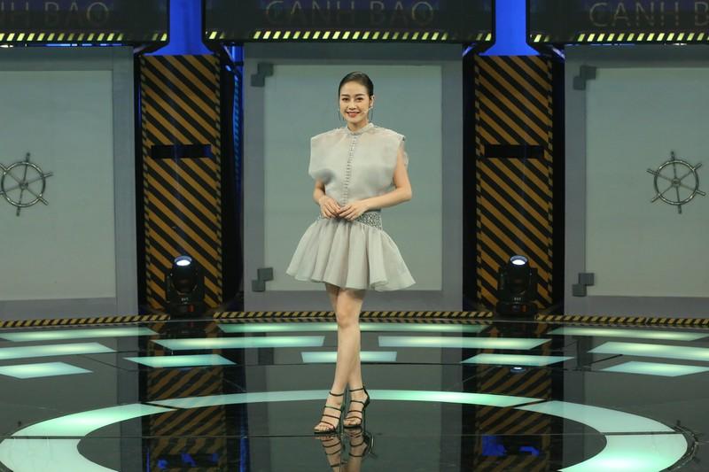 MC Phí Linh tiết lộ cuộc sống hôn nhân với phó phòng VTV, lý do không nên giữ tiền của chồng - 1