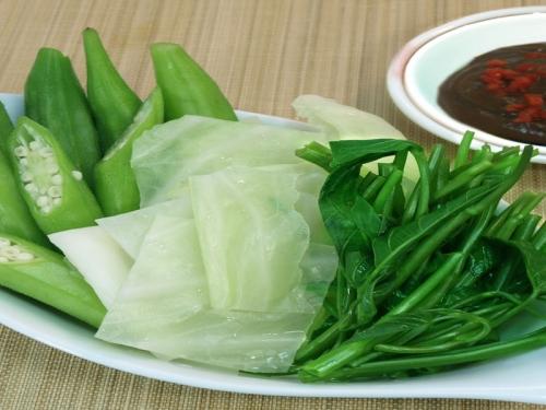 Luộc rau chỉ cần tuân thủ 3 điều sau, đảm bảo rau xanh giòn, ngon như nhà hàng - 3