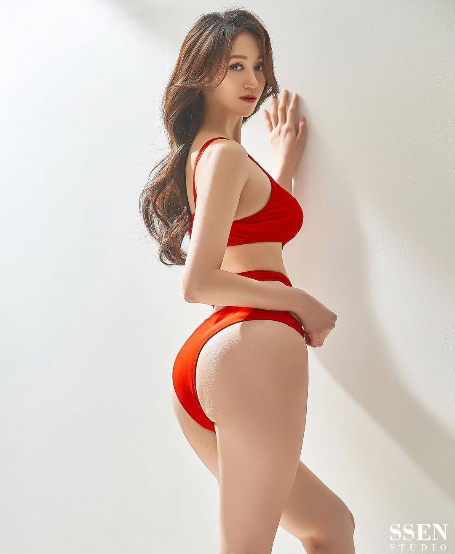 Mỹ nhân gym Hàn Quốc gây sốt khi mặc áo tắm đeo khẩu trang, thân hình như tượng - 4