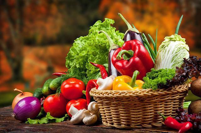"""5 loại thực phẩm tăng miễn dịch, giảm nguy cơ nhiễm bệnh trong """"mùa COVID-19"""" - 1"""