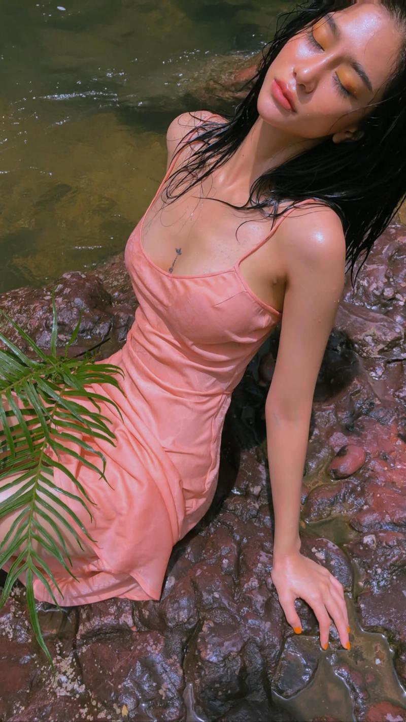 """Ảnh thời trang """"tiên nữ tắm suối"""" của mỹ nữ Quảng Ninh - 4"""