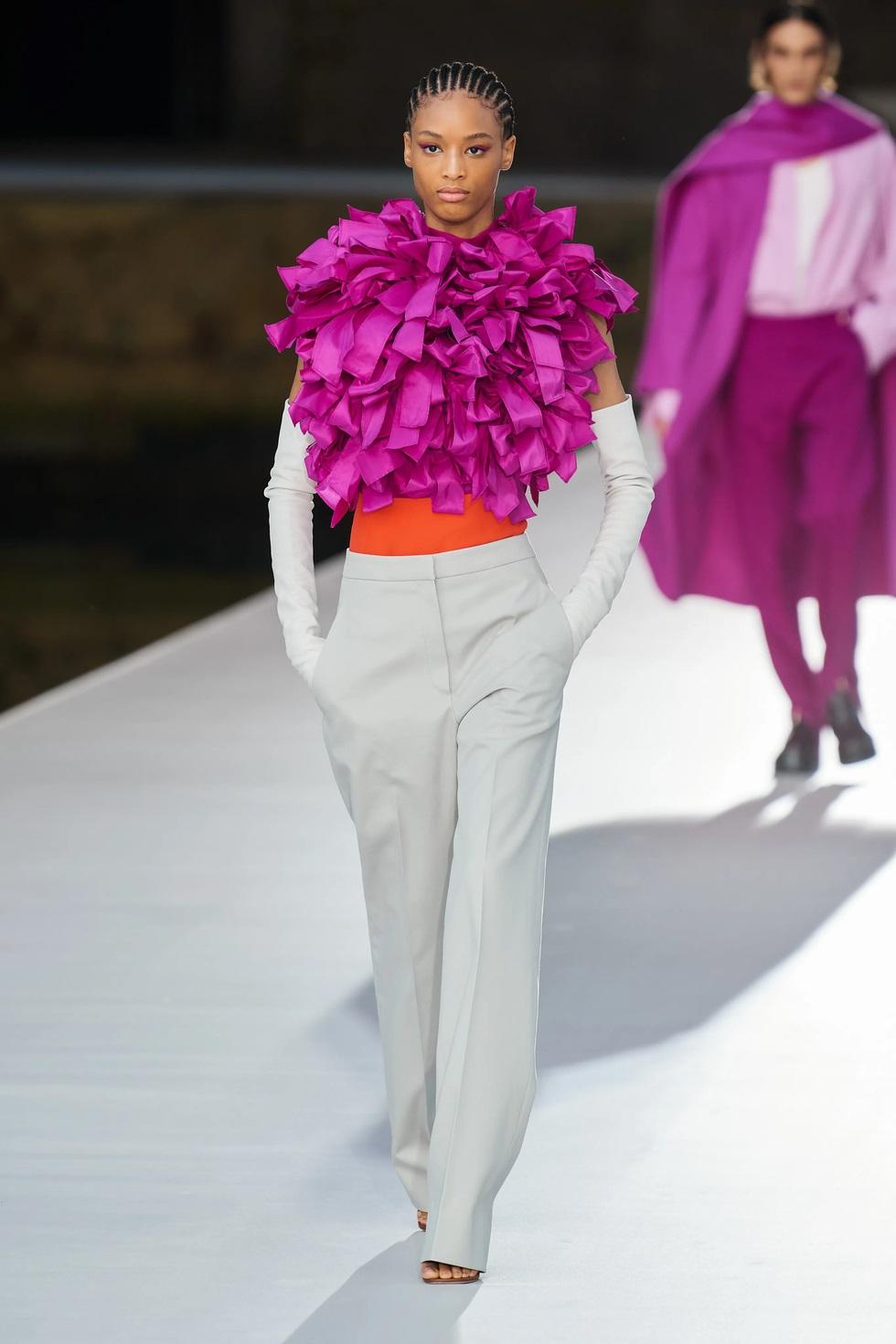 Valentino ra mắt bộ sưu tập Haute couture tôn kính thành phố Venice - 2