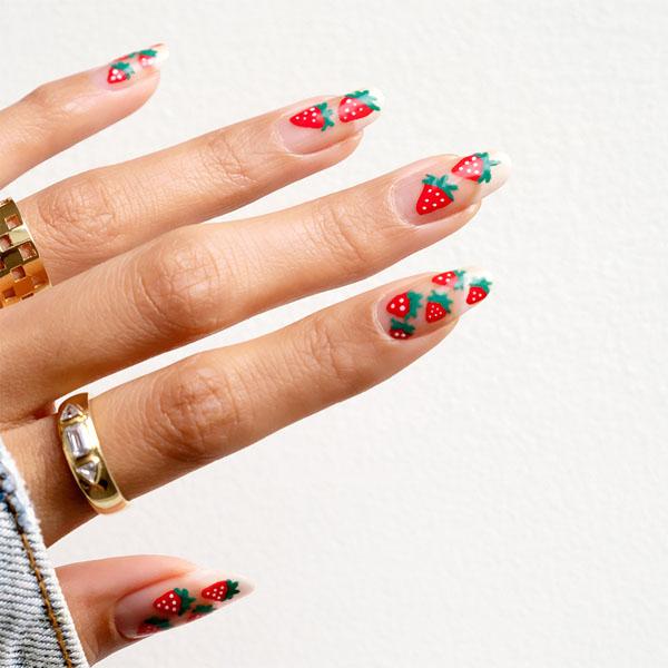 Hàng loạt mẫu nail dâu tây mới lạ cho nàng thêm xinh đẹp - 14