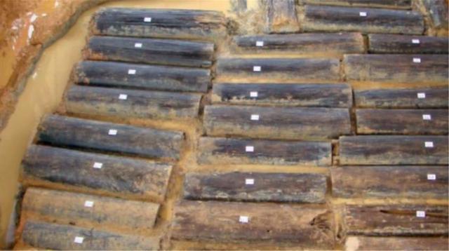 TQ: Lăng mộ chôn 46 cô gái khỏa thân và điều gây sốc đằng sau - 2