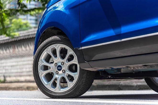 Đánh giá nhanh xe Ford Ecosport: Xe Mỹ chất riêng trên đường phố Việt - 12