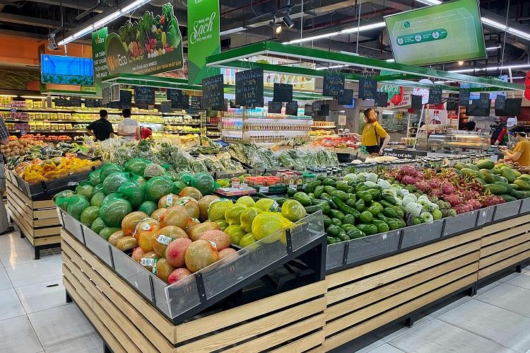 Hà Nội: Thực phẩm đầy ắp kệ hàng, siêu thị cam kết bình ổn giá phục vụ nhân dân chống dịch - 1