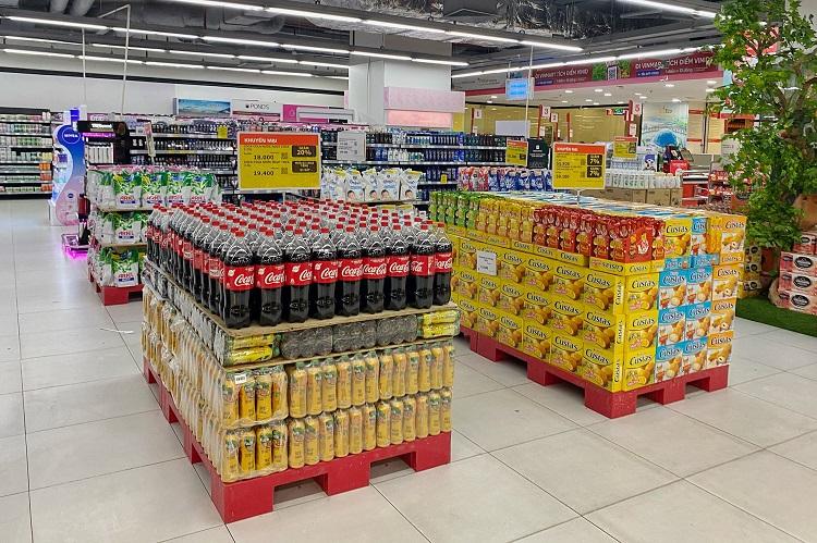 Hà Nội: Thực phẩm đầy ắp kệ hàng, siêu thị cam kết bình ổn giá phục vụ nhân dân chống dịch - 6
