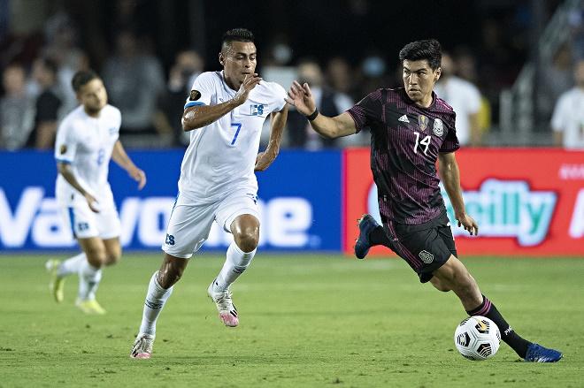 Video Mexico - El Salvador: Thắng nhọc đứng nhất bảng, hẹn đấu Qatar ở tứ kết (Gold Cup) - 1