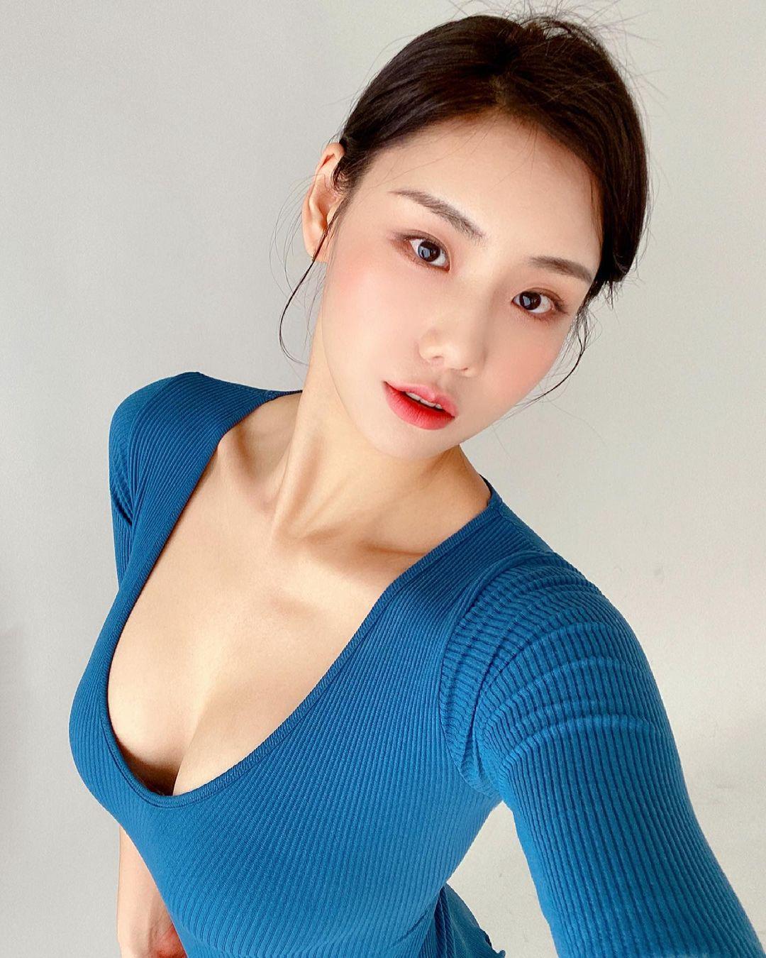 Nguyên tắc thời trang giúp thiếu nữ xứ Hàn khéo hút ánh nhìn nơi công cộng - 6