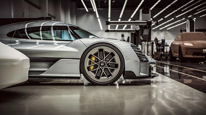 Siêu phẩm Hypercar mới của Porsche lấy cảm hứng từ xe đua GT1 - 4