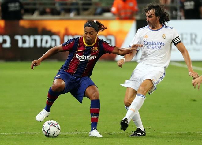 """Video Huyền thoại Real Madrid - Barcelona: Ronaldinho """"nhảy múa"""", tiệc 5 bàn mãn nhãn - 1"""