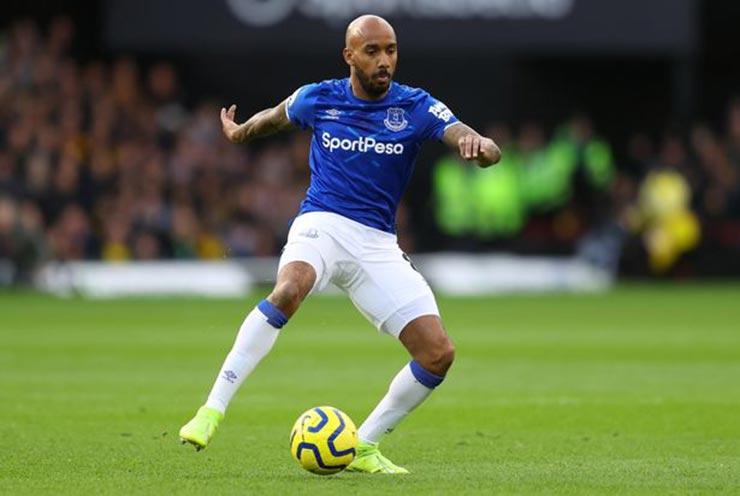 SAO Everton bị tố nhầm vụ xâm hại trẻ em, vô tình lộ diện nghi can số 1 - 1