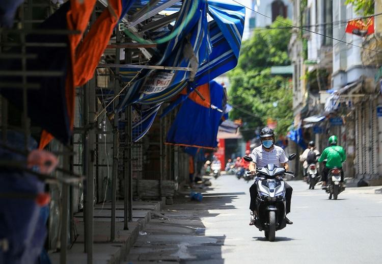"""Cảnh tượng lạ chưa từng thấy tại """"siêu chợ sinh viên"""" lớn nhất Hà Nội - 12"""