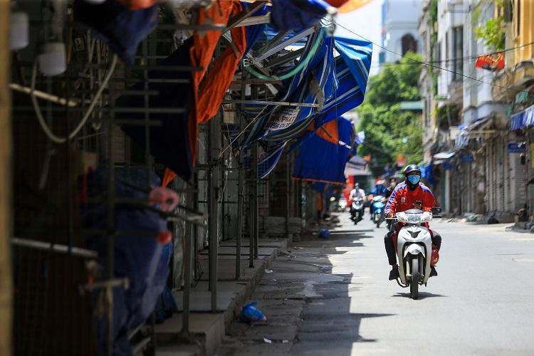 """Cảnh tượng lạ chưa từng thấy tại """"siêu chợ sinh viên"""" lớn nhất Hà Nội - 4"""
