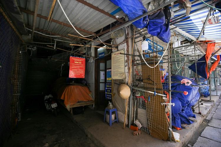 """Cảnh tượng lạ chưa từng thấy tại """"siêu chợ sinh viên"""" lớn nhất Hà Nội - 10"""