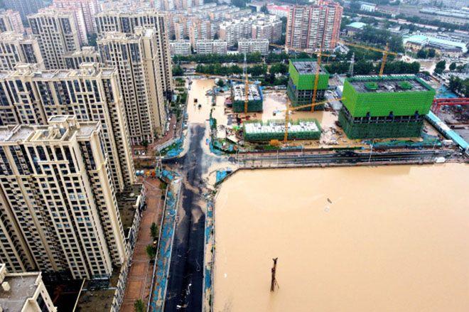 Lịch ra mắt iPhone 13 bị đe dọa vì lũ lụt Trung Quốc? - 1