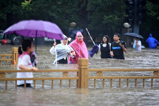 Lịch ra mắt iPhone 13 bị đe dọa vì lũ lụt Trung Quốc? - 3
