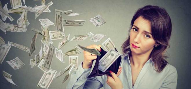 """Bạn đang """"đốt"""" tiền nếu còn thường xuyên làm 8 điều này - 3"""