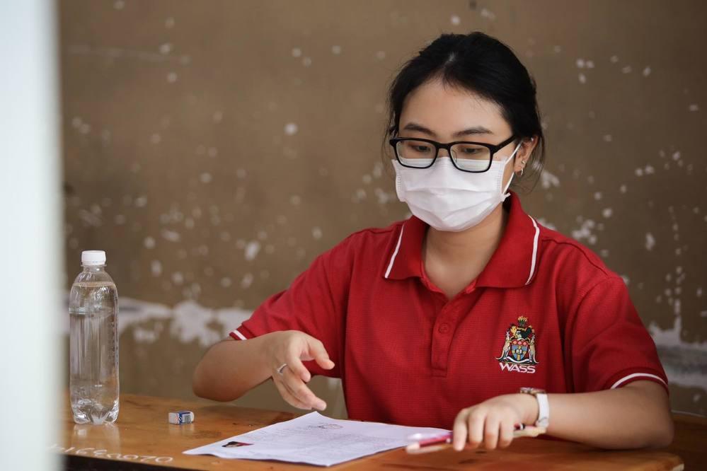 Phương Mỹ Chi vỡ oà khoe điểm thi tốt nghiệp THPT, Hồ Văn Cường có kết quả ra sao? - 3