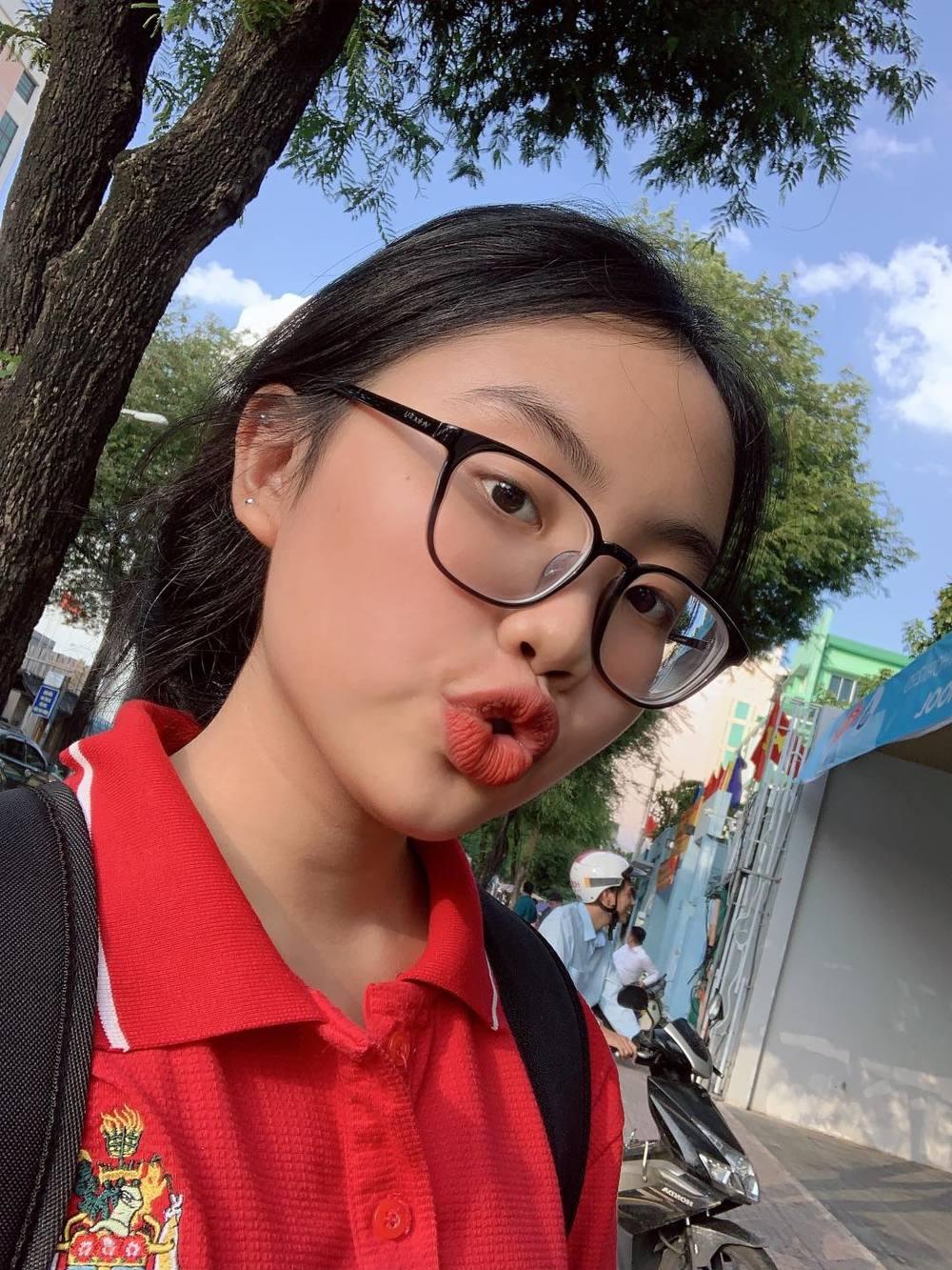 Phương Mỹ Chi vỡ oà khoe điểm thi tốt nghiệp THPT, Hồ Văn Cường có kết quả ra sao? - 1