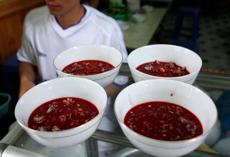 Hóa ra thiên đường ẩm thực Thái Lan cũng có những món ăn đáng sợ đến thế - 1