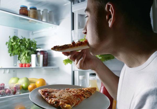 Từ bỏ ngay hôm nay những thói quen ăn uống sai lầm khiến cơ thể mệt mỏi - 7