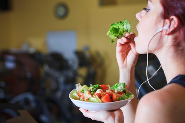 Từ bỏ ngay hôm nay những thói quen ăn uống sai lầm khiến cơ thể mệt mỏi - 14