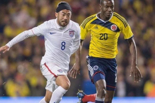 Nhờ FIFA, đội tuyển Việt Nam rộng cửa chiêu mộ các cầu thủ Việt kiều - 1
