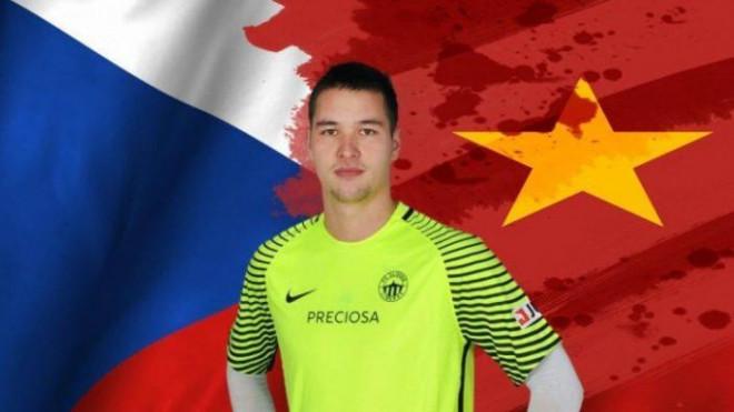 Nhờ FIFA, đội tuyển Việt Nam rộng cửa chiêu mộ các cầu thủ Việt kiều - 3