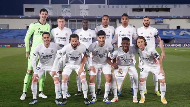 Thực hư Real Madrid sẵn sàng bán hết trụ cột, dồn tiền mua bằng được Mbappe? - 1